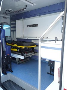 AMBULANCE B MERCEDES SPRINTER (2)