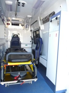 AMBULANCE B MERCEDES SPRINTER (6)
