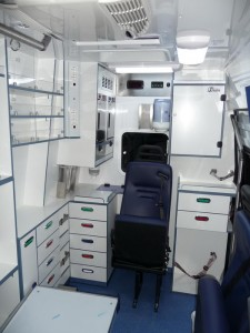 AMBULANCE C FORD TRANSIT (6)