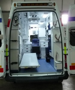 AMBULANCE C FORD TRANSIT (8)