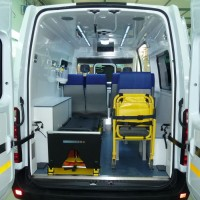 ambulance a2 renault master (1)