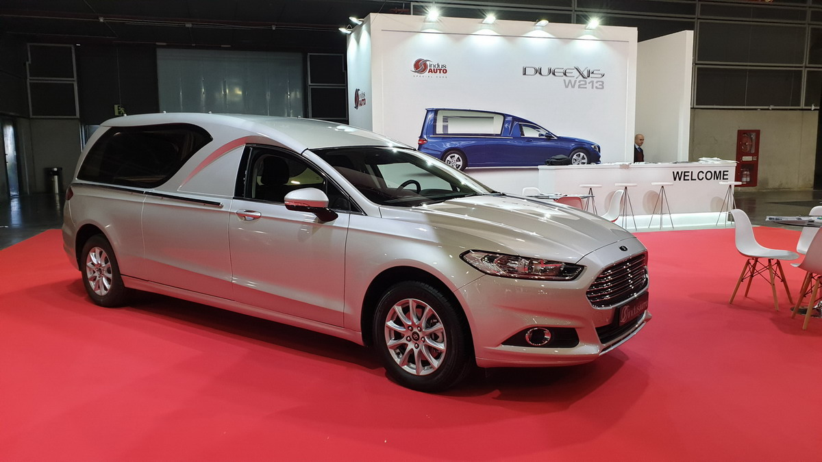 coche funebre Kassia indusauto funermostra 2019